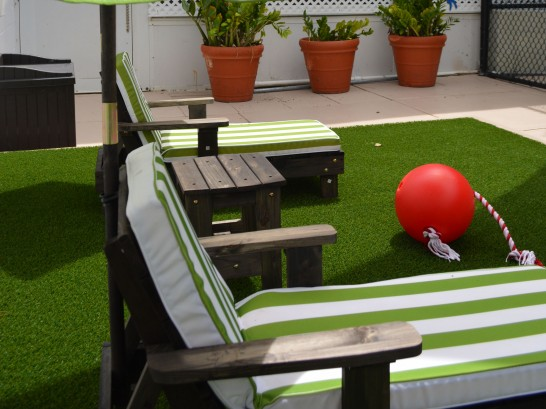 Artificial Grass Photos: Synthetic Grass Homeland, California Landscaping Business, Veranda